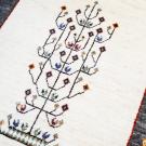 カシュクリ・117×83・ベージュ・茶色・生命の樹・鳥・玄関サイズ・アップ画