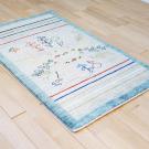 アマレ・134×80・青・草木・ラクダ・鹿・鳥・玄関サイズ・使用イメージ画