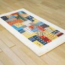 カシュクリ・121×65・カラフル・ベージュ・パッチワーク・小花・木・女の子・鹿・玄関サイズ・使用イメージ画
