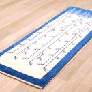 カシュクリ・154×55・青・グラデーション・原毛・生命の樹・キッチンマット・廊下敷き・使用イメージ画