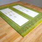 アマレ・240×171・緑・木・窓・リビングサイズ・使用イメージ画