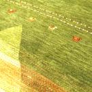アマレ・大型ルーム、リビングサイズ・緑色・ラクダ・アップ画