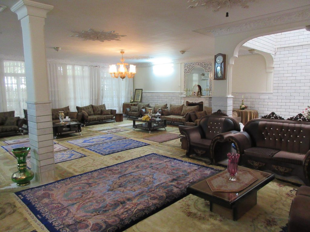 イランコムの有名工房ジェッディー工房の家