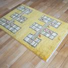 アマレ・88×58・黄色・ヤギ・羊・窓・四角・玄関サイズ・使用イメージ画