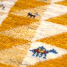 アマレ・92×62・黄色・原毛・三角・ラクダ・羊・木・玄関サイズ・アップ画