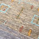 カシュクリ・201×63・青・四角・窓・羊・木・ランナー・キッチンサイズ・アップ画