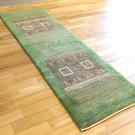 カシュクリ・203×62・緑・木・ラクダ・四角・窓・ランナー・キッチンサイズ・使用イメージ画