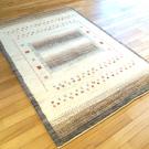 アマレ・180×123・茶色・原毛・ベージュ・ヤギ・窓・木・玄関サイズ・使用イメージ画