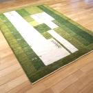 アマレ・179×126・緑・四角・生命の樹・羊・ヤギ・センターラグサイズ・使用イメージ画