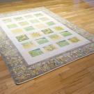 ルリバフ・206×152・緑・黄色・糸杉・植物・羊・四角・リビングサイズ・使用イメージ画