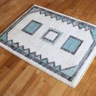 アマレ・84×63・青・水色・ベージュ・原毛・窓・四角・玄関サイズ・使用イメージ画
