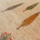 カシュクリ・92×63・原毛・白色・糸杉・玄関サイズ・アップ画