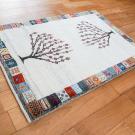 カシュクリ・88×62・白・原毛・生命の樹・パッチワーク・玄関マット・使用イメージ画