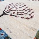 カシュクリ・88×62・白・原毛・生命の樹・パッチワーク・玄関マット・アップ画