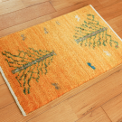 アマレ・57×38・黄色・生命の樹・ラクダ・動物・玄関サイズ・使用イメージ画