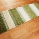 カシュクリ・158×52・緑・白・原毛・鹿・糸杉・廊下敷き・キッチンサイズ・使用イメージ画