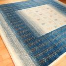 アマレ・大型ルームサイズ・青色、白色、木、花・使用イメージ画