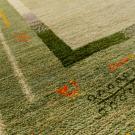 アマレ・大型ルームサイズ・緑色・木、花・アップ画