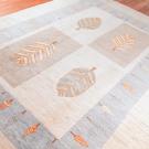 アマレ・233×169・白色・原毛・水色・糸杉・木・リビングサイズ・使用イメージ画