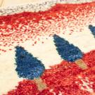 アマレランドミニ大・45×43・赤色・糸杉・白色原毛・ミニギャッベ・アップ画