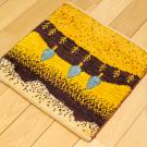 アマレランドミニ・39×37・黄色・糸杉・ミニギャッベ・使用イメージ画