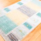 アマレ・200×121・青緑・黄色・グレー・鹿・センターラグサイズ・使用イメージ画